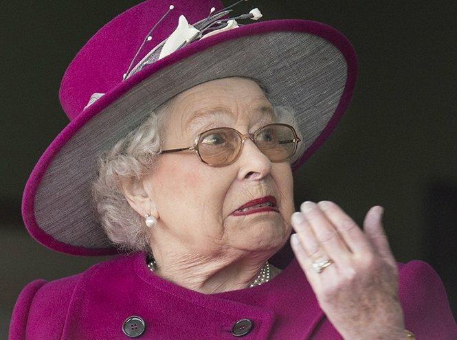 данном английская королева елизавета 2 видео эффектных